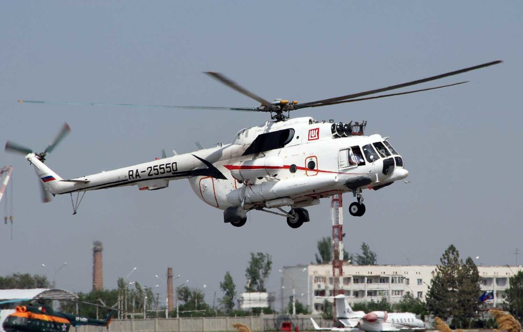 Ми-8 авиакомпании ЛУКОЙЛ-АВИА