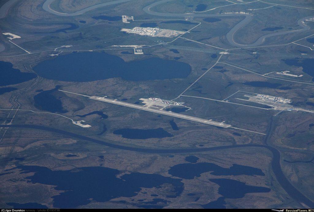 Взлетно-посадочная полоса аэропорта Бованенково