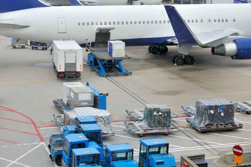 Солоджи - Организация грузовых перевозок на авиарейсах