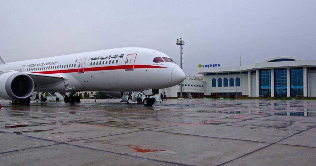 Боинг 787 в аэропорту Бухара