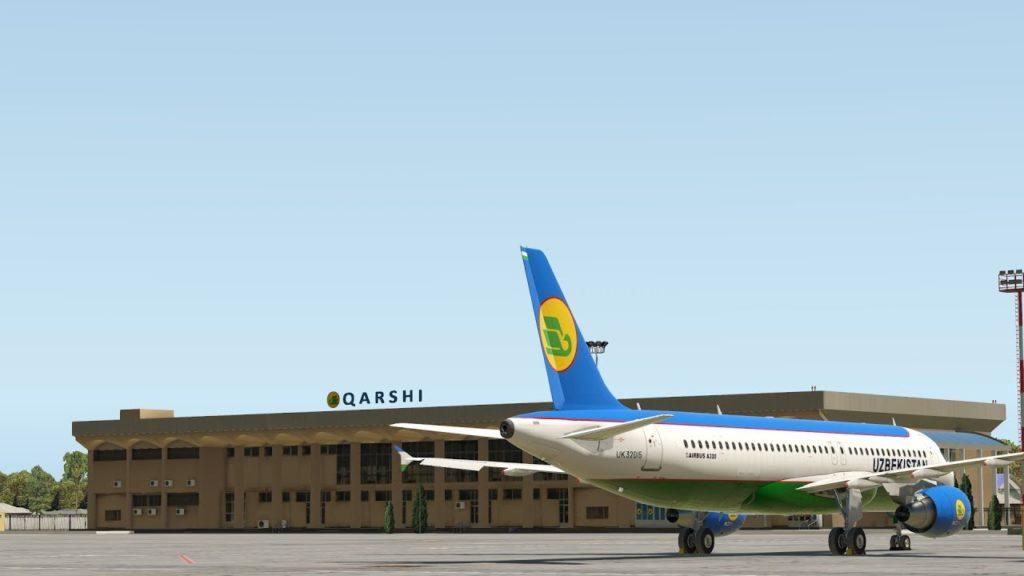 Стоянка самолетов в аэропорту Карши