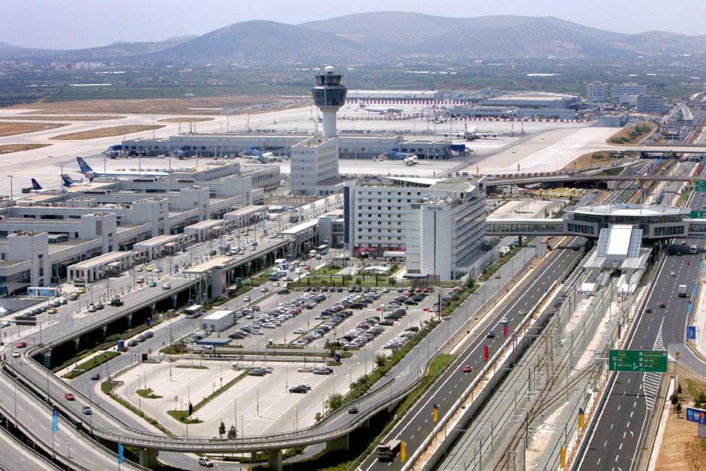 Вид на аэропорт Афины